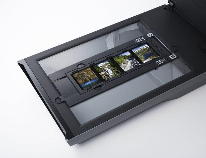 סורק Canon CanoScan 9000F